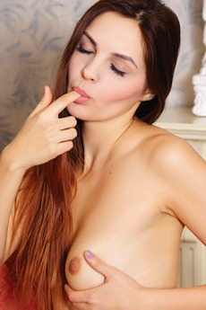 Auburn haired darling Alise Moreno